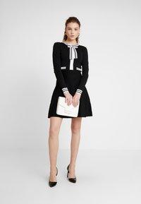 Morgan - Abito in maglia - noir/off white - 2