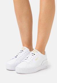 Puma - CALI SPORT CLEAN  - Sneakers laag - white - 3