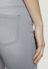 TOM TAILOR - ALEXA  - Jeans Skinny Fit - clean light stone grey denim - 4