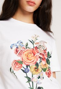 Miss Sixty - FINLEY - T-shirt med print - bright white - 4