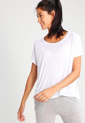 PROUD - T-shirt basic - optical white
