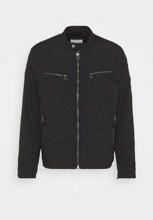 JORDAN - Lehká bunda - black