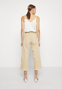 Mos Mosh - CORA - Relaxed fit jeans - safari - 2