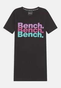 Bench - NORI - Žerzejové šaty - black - 0