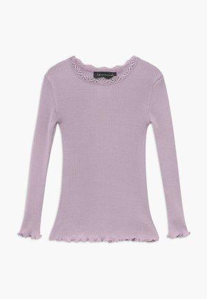 SILK-MIX T-SHIRT REGULAR LS W/LACE - Long sleeved top - iris purple