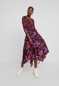 Desigual - Denní šaty - multi-coloured - 2