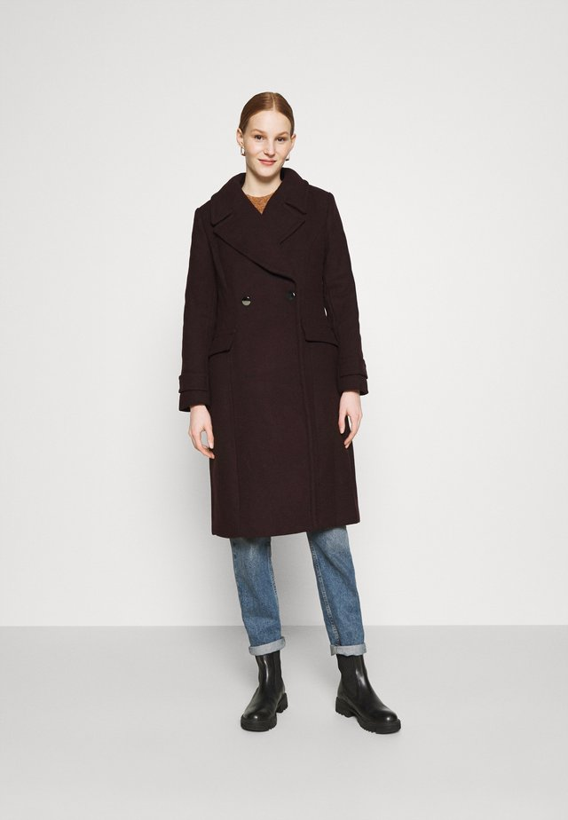 RYLIE WRAP COAT - Villakangastakki - deep berry