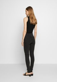 Weekday - THURSDAY  - Jeans slim fit - tuned black - 2
