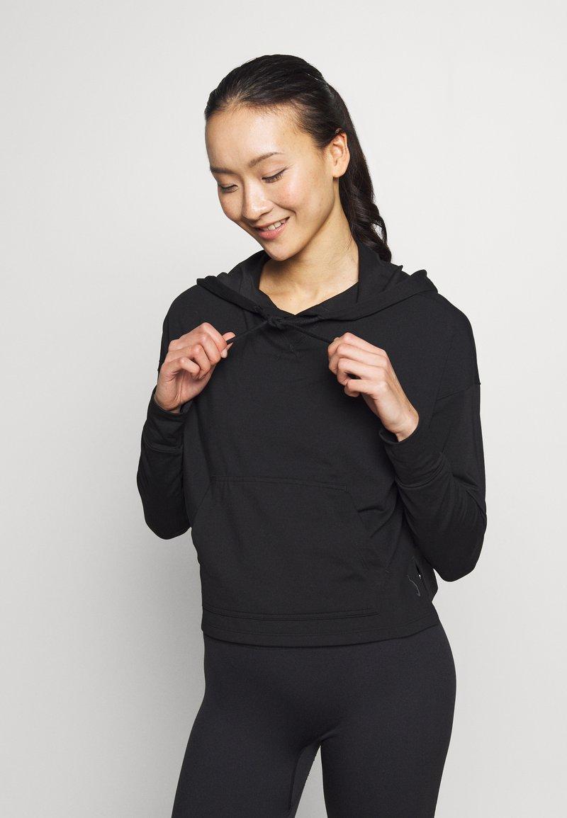 Nike Performance - YOGA HOODIE - Long sleeved top - black/dark smoke grey