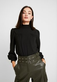 ONLY - ONLRUBIA SMOCK - Blouse - black - 0