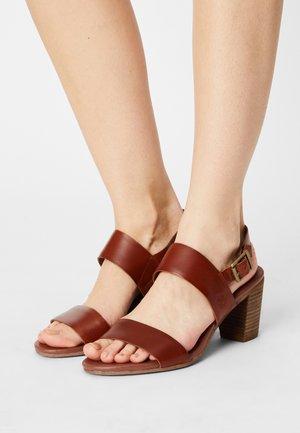 FAIRHILL - Sandaler - mid brown