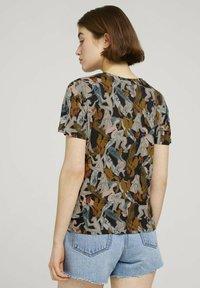 TOM TAILOR DENIM - Print T-shirt - abstract monkey print - 2
