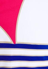 adidas Originals - TREFOIL ADICOLOR SHORT SLEEVE TEE - Camiseta estampada - pink - 2