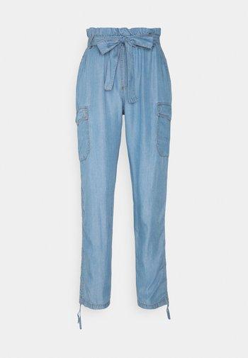 AMIRA PANTS - Trousers - blue denim