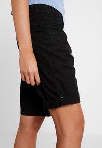 s.Oliver - Shorts - black - 6