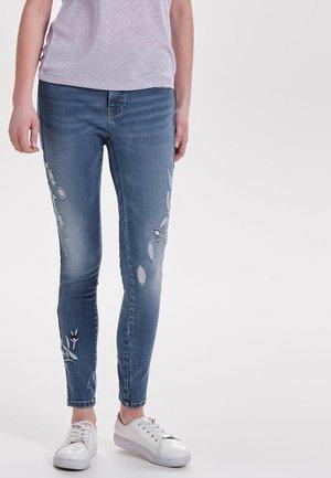 CARMEN - Jeans Skinny Fit - medium blue