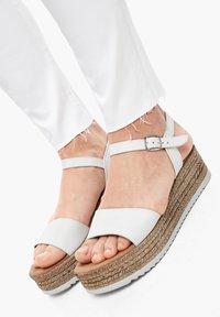 s.Oliver - Jeans Skinny Fit - white - 5