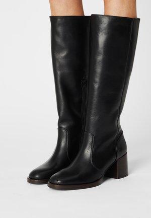 TOLMO - Vysoká obuv - troka