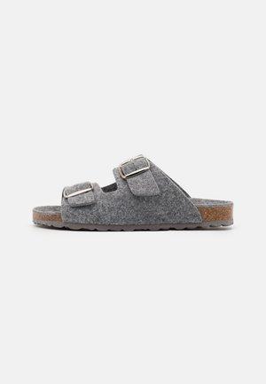Pantofle - grey