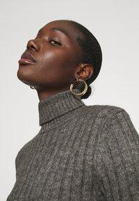 Zign - Wool blend- fitted roll neck - Jersey de punto - mottled dark grey - 5