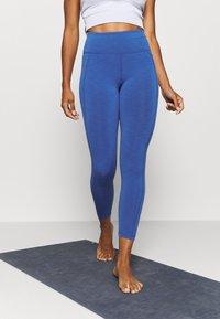 Sweaty Betty - SUPER SCULPT 7/8 YOGA LEGGINGS - Legging - blue quartz marl - 0
