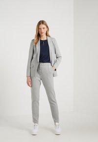 HUGO - AJANATI - Blazer - medium grey - 1
