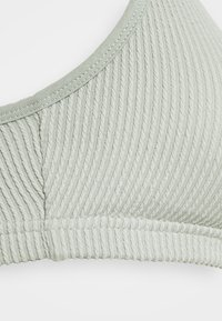 Cotton On Body - WORKOUT YOGA CROP - Sujetador deportivo - washed aloe - 2