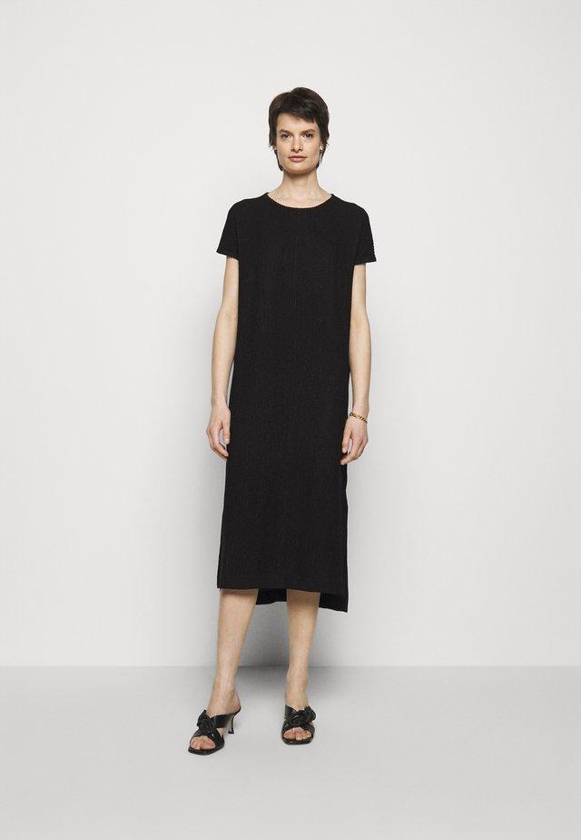 GATE DRESS - Jerseyjurk - black