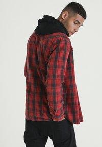 CHASIN' - BLEAK - Overhemd - red - 1