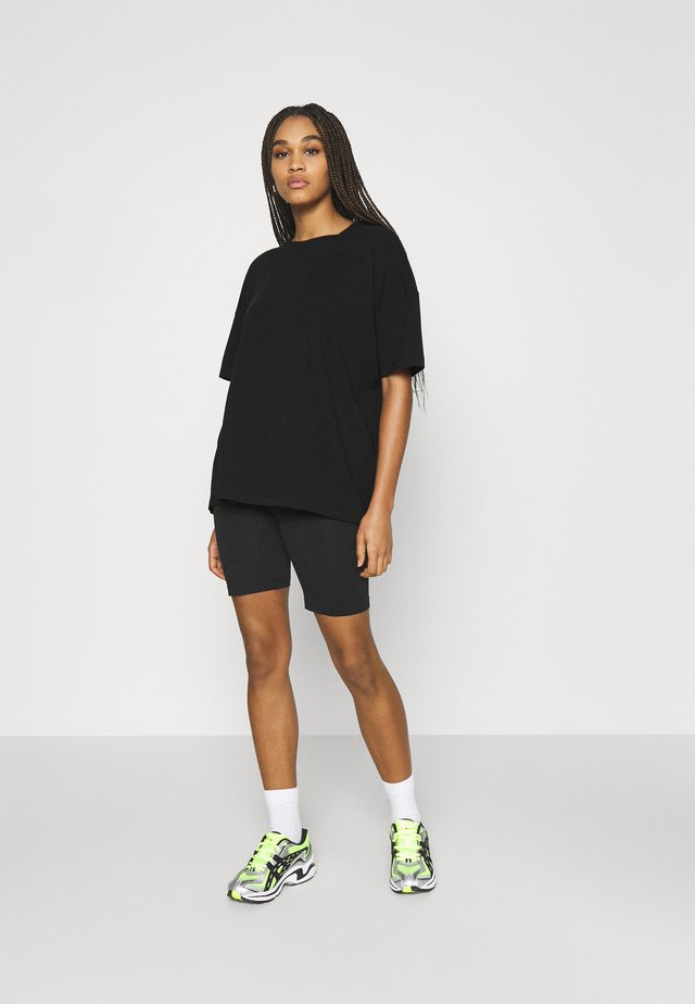 NMCECILIE COORDINATED SET  - T-shirts basic - black