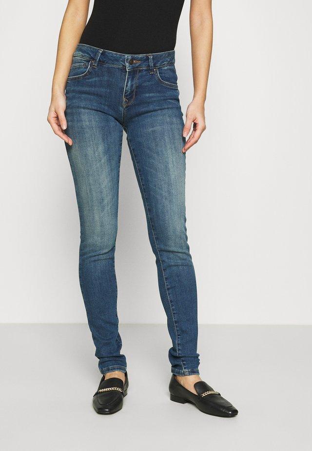 NICOLE - Jeans Skinny Fit - aviana wash