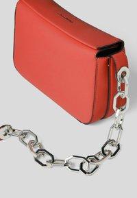 KARL LAGERFELD - Handbag - tangerine - 2