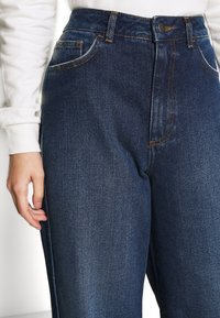 NU-IN - HIGH RISE WIDE LEG JEANS - Relaxed fit jeans - dark blue wash - 5