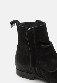 Shelby & Sons - MCCARTHY SLOUCH BOOT - Nilkkurit - black - 5
