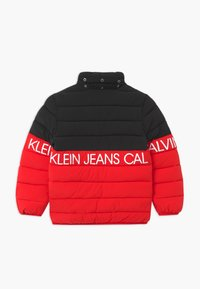 Calvin Klein Jeans - STRETCH COLOUR BLOCK - Zimní bunda - red - 2