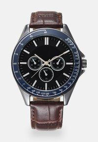 Burton Menswear London - CHUNKY WATCH - Reloj - brown/multi - 0