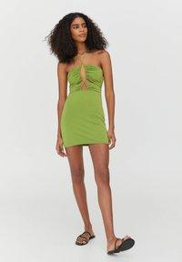 PULL&BEAR - Shift dress - light green - 1