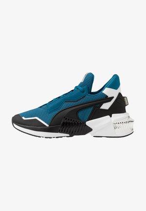 PROVOKE XT - Sports shoes - blue