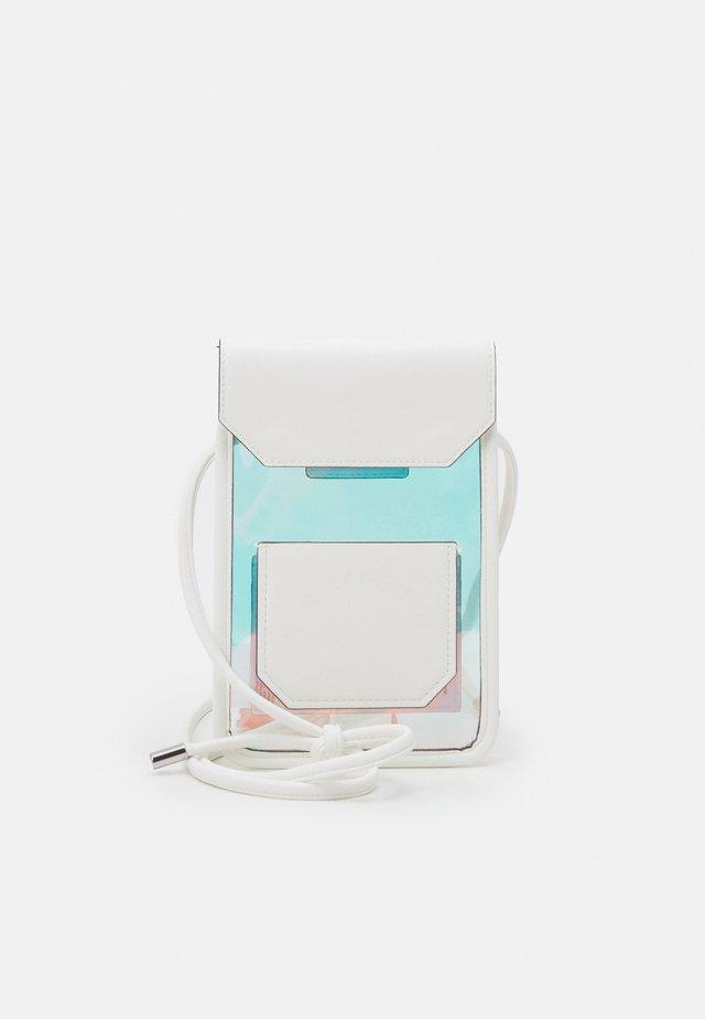 K/JOURNEY HOLOGRAM - Across body bag - iridescent