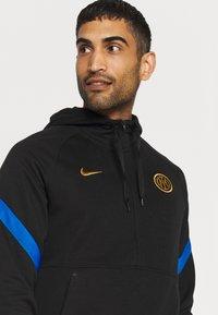 Nike Performance - INTER MAILAND HOOD - Club wear - black/blue spark/truly gold - 3