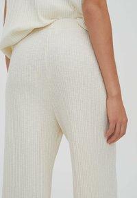 PULL&BEAR - Trousers - beige - 4