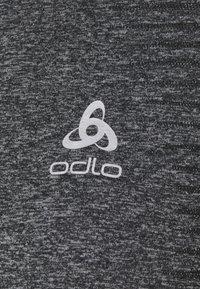 ODLO - ESSENTIAL SEAMLESS CREW NECK - Long sleeved top - grey melange - 4