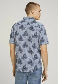 TOM TAILOR - Shirt - white navy leaf stripe design - 2