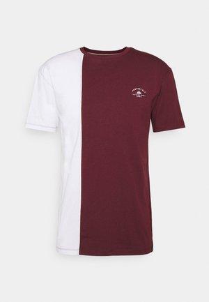 SPLIT - Camiseta estampada - burgundy/white