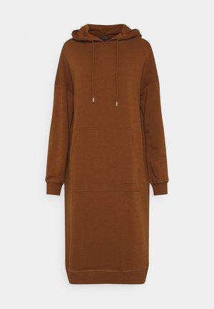 DRESS HOOD - Kjole - toffee brown