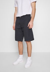 Carhartt WIP - PRESENTER DUNMORE - Shorts - dark navy rinsed - 0