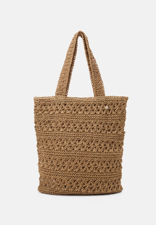 CARRIED AWAY DAISY CHAIN TOTE - Ranta-asusteet - natural