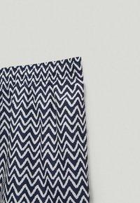 Massimo Dutti - Swimming trunks - blue-black denim - 4
