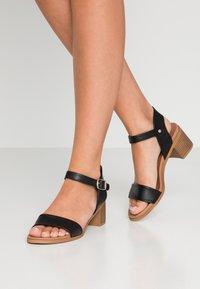 Madden Girl - AERIE - Sandals - black - 0