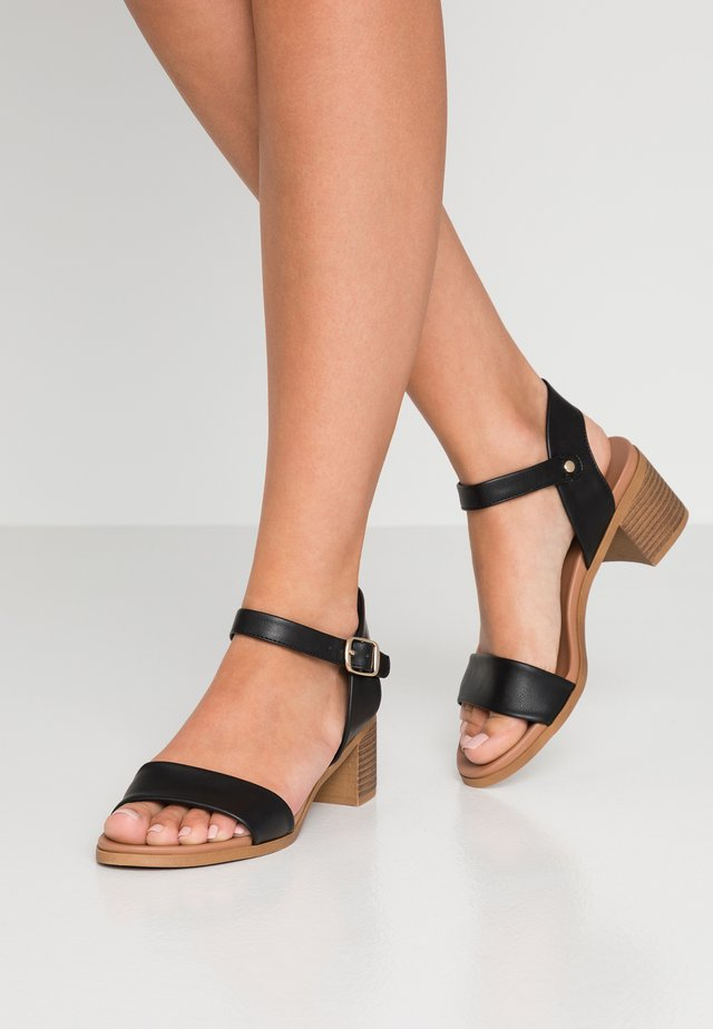 AERIE - Sandales - black